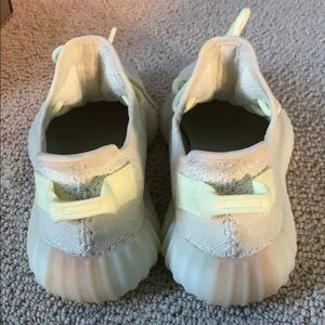 adidas Shoes - Adidas Yezzy Boost 350 v2 5.5 used great condition